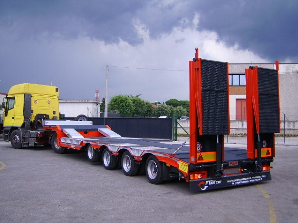 low-loader-trailer