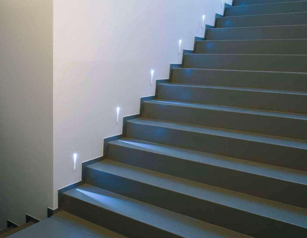 lights for stairs2
