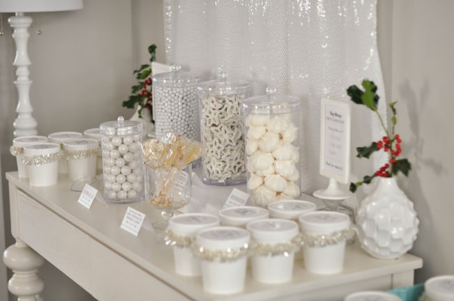 white-candy-buffet